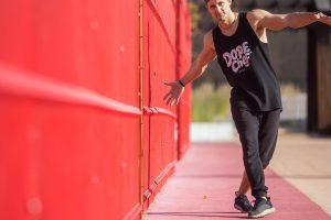 Танцы ногами с нуля — КРУТЫЕ и простые движения ногами